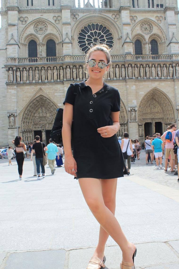 Notre Dame fashion blogger